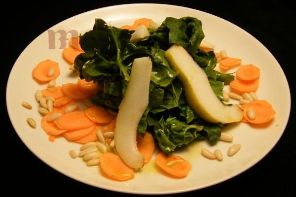 insalata-di-spinaci-e-pere82480E95-7A22-5835-D962-0D0B966DD472.jpg