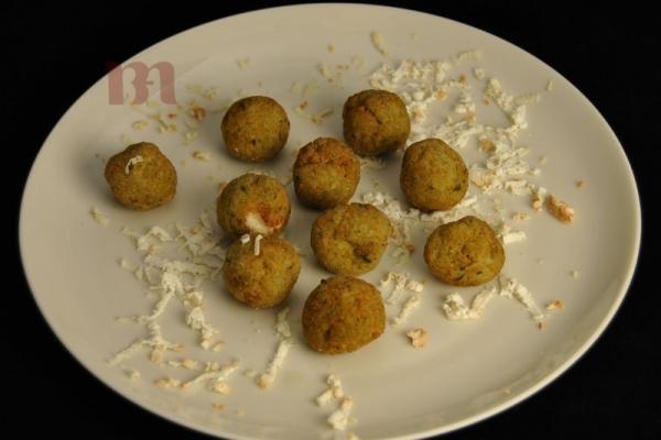 polpettine-vegetali-con-ricotta-salataBDB7C7A8-859F-0741-9A08-4F18ECC87CE1.jpg