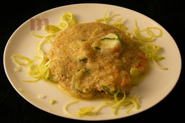 polenta-di-mais-con-verdureBDEE59DF-3B28-9CC7-67C7-673EB15244A3.jpg
